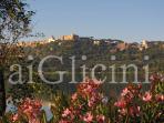 castel gandolfo visto dal lago albano 1 km da b&b AiGlicini