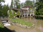 Le Moulin de Loubens à quelques centaines de mètres de la maison