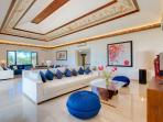 Pandawa Cliff Estate - The Pala - Living area with intricate design