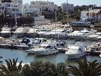 Marina 10 minutes walk away from Casa Kirbs 1