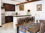 Villas de la Ermita 02 / Dinning Room & Kitchen