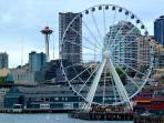 Just down the Harbor Steps is the Seattle Great Wheel