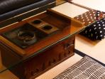 An antique hibachi from early Showa period, which we turned into a coffee table