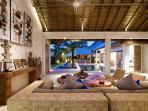Massilia III - 3 Bedroom Villa - Open Plan Living & Dining Area
