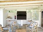 The stoep has a built in braai (bar-b-cue) and is perfect for entertaining.