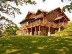 Beautiful Full Log Lodge on 44 Acres