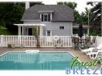 Private pool house. Accomodates 6 people.Great for family getaway!