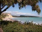 Melanda Bay