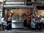 Experience the renowned culture of concept cafes.