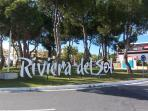 Entrada Urbanización Riviera.