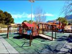 CHILDRENS PARK GAMES AT 100 METERS