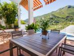 mobiliario de terraza de la casa