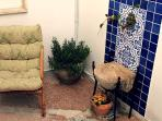 giardino livello 1 : zona confortevole , molto particolare nelle rifiniture tipicamente salentine!