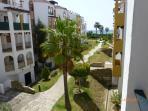 vista urbanizacion y lateral al mar desde terraza