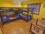 Kids Room 3 bunk beds