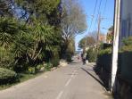 Accès aux plages coté Antibes par avenue des Chênes