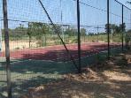 campo da tennis comune del complesso