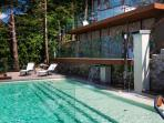 Private Swimming Pool with Fountain