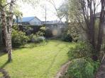 a nice garden to stroll