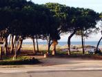 altra spiaggia vicina.