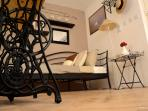 Terra Cittadella-room on the 2nd floor. Corner to relax and sleeping. Single bed.