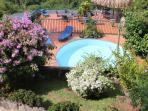 Coté jardin avec piscine