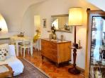 Beautiful 4-star apartment in the 18th century townhouse