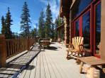 GoldenView Lodge