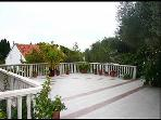 common terrace (house and surroundings)
