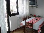 B(4): dining room