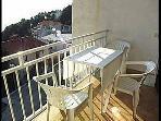A(2+1): balcony