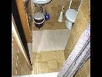 C(2): bathroom with toilet