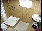 A(2+1): bathroom with toilet