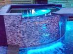 Zero Edge Hot Tub with Amazing Waterfall
