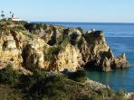 Lighthouse and spectacular cliffs at the nearby Ponta da Piedade