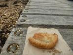 Grab a delicious home made pastie from one of Cowes artisan bakeries, sit on the jetty and enjoy.