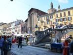 Naviglio's antiques market