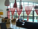 Lovely Spacious Villa & Pool, sleeps 8 Golf Co