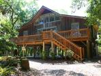 404 Jungle Rd - 'T-House'