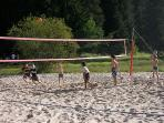 Summer Rental with doorstep free Beach Volleyball