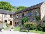 HENMORE GRANGE, family friendly, country holiday cottage, with a garden in Wirksworth, Ref 925015