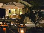 Enjoy  candle ligth dinners under the stars.