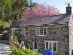 Home from home with all creature comfort. Stunning setting. Sleeps 4 or romantic get away for 2,