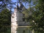 Azay le Rideau (8 km)
