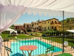 Appartamento Peonia Borgo le Capannelle - Palco rialzato