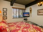 Storm Meadows: Club A, unit 212: King Bedroom, 32' TV with digital cable & DVD