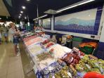 Mercadona 50 meters away with large  and inexpensive fresh produce offer