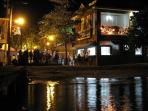 Poblado at night. Many bars and restaurants with live music. Enjoy the party! ????????????
