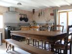 Rustique dining area