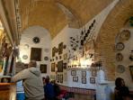 Buen ambiente, tavernas típicas y flamenco en directo